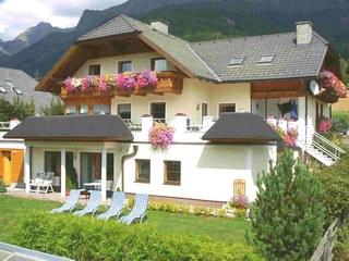 Haus Esl, A-5574 Lungau Goeriach