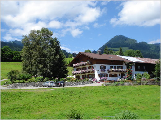 Bioland-Ferienhof Haus Alpenblick, D-87538 Obermaiselstein