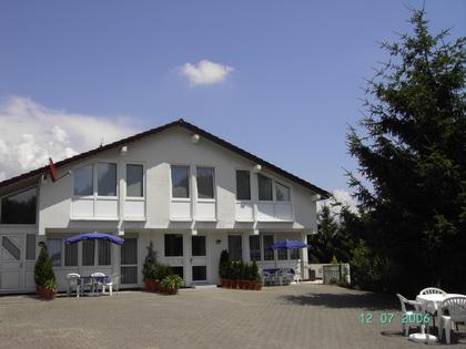 Ferienwohnungen Trapp Bodensee, D-88094 Oberteuringen Neuhaus