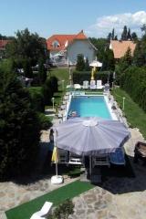 Ferienhaus-Fort mit Pool   Nr.A/B , H-8624  Balaton-Plattensee